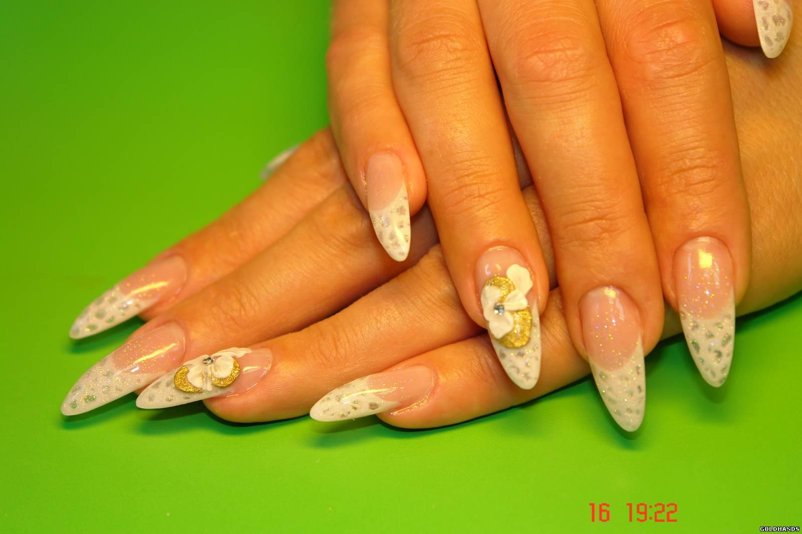 Летний дизайн ногтей с френчем фото