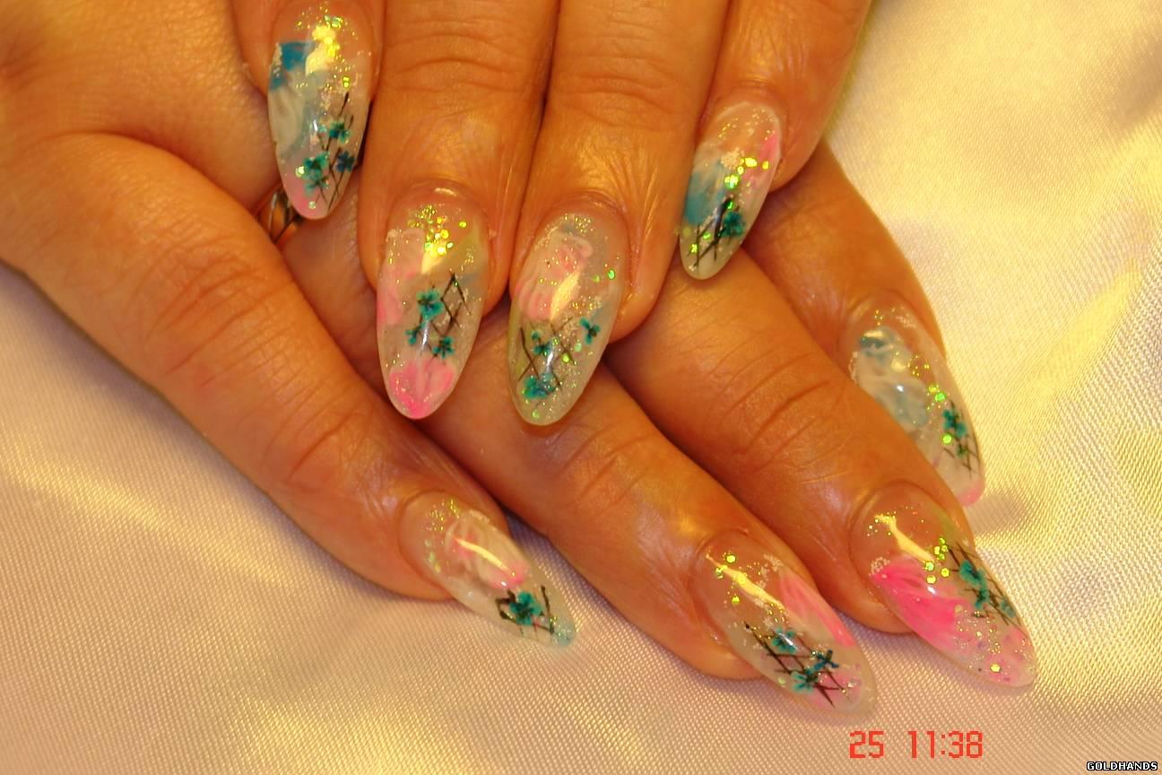 Фото дизайна на ногтях с сухоцветами